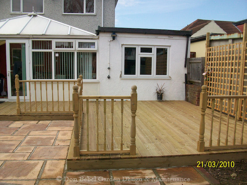 Garden decking ideas photos living interior design photos for Garden decking designs uk